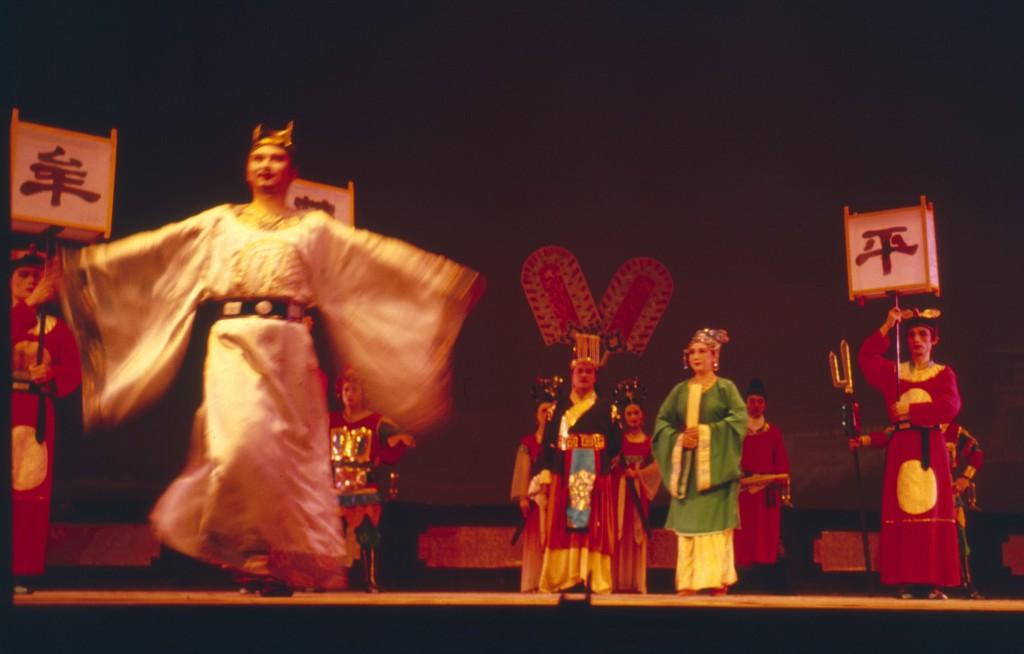 Für westliche Ohren sehr gewöhnungsbedürftig: Die Peking-Oper