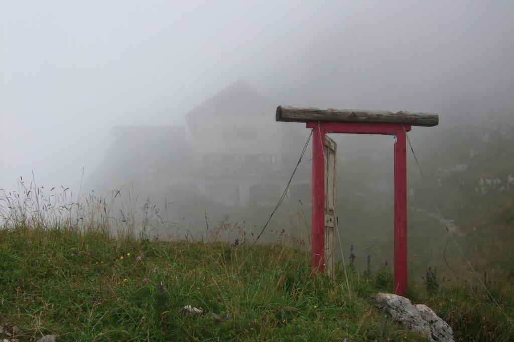 Die Porta Alpinae beflügelt die Fantasie. Es öffnet sich die Tür zu einer anderen Welt