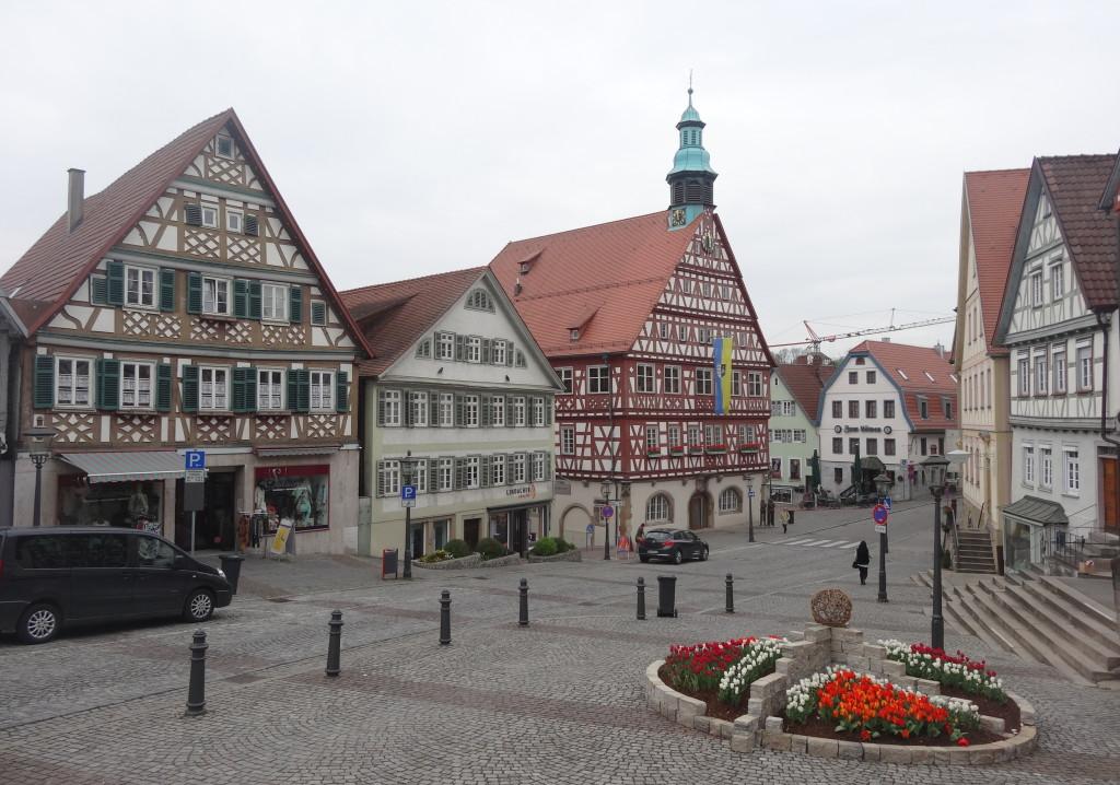 Startunserer Tour am historischen Marktplatz von Backnang