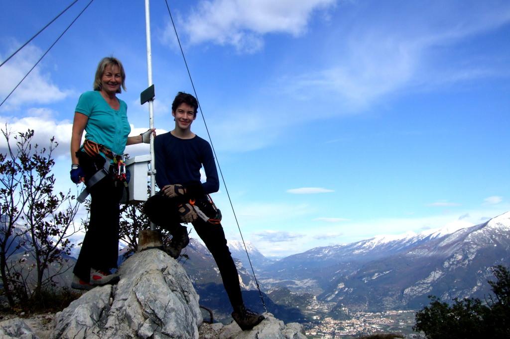 Am Gipfel: Cima Capi, 909 m