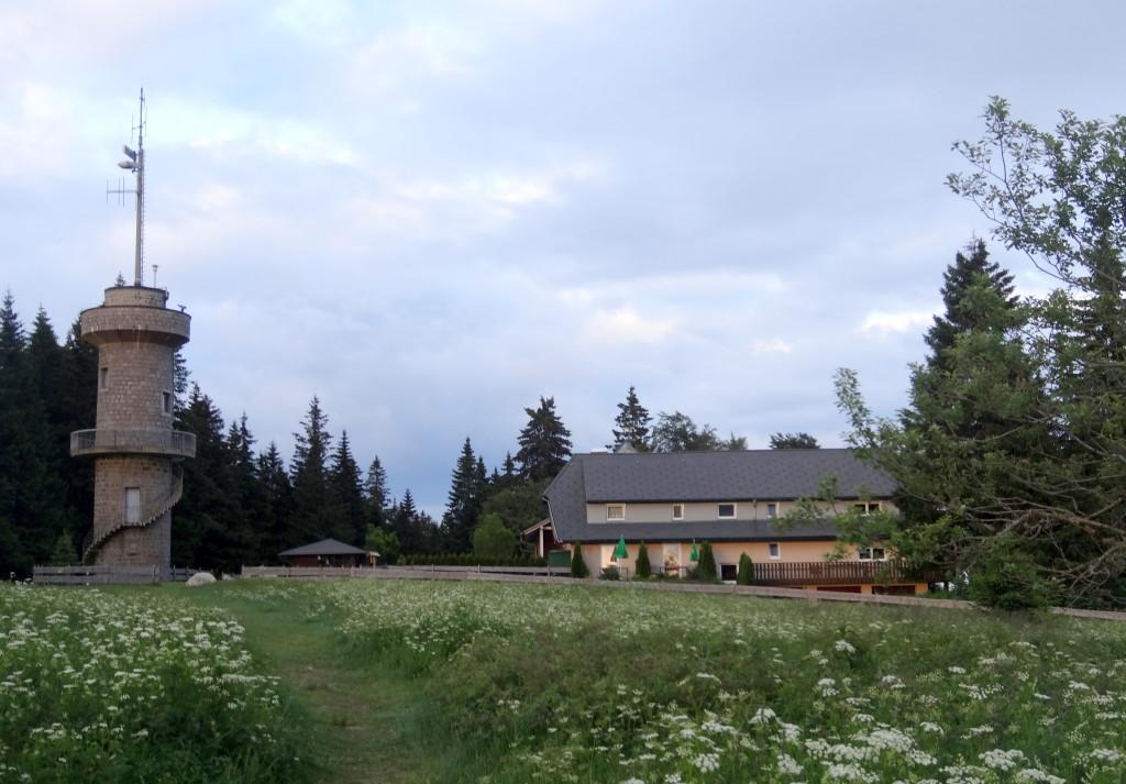 Brendturm und -hotel