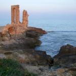 und römischer Relikte rund ums Cap Africa.