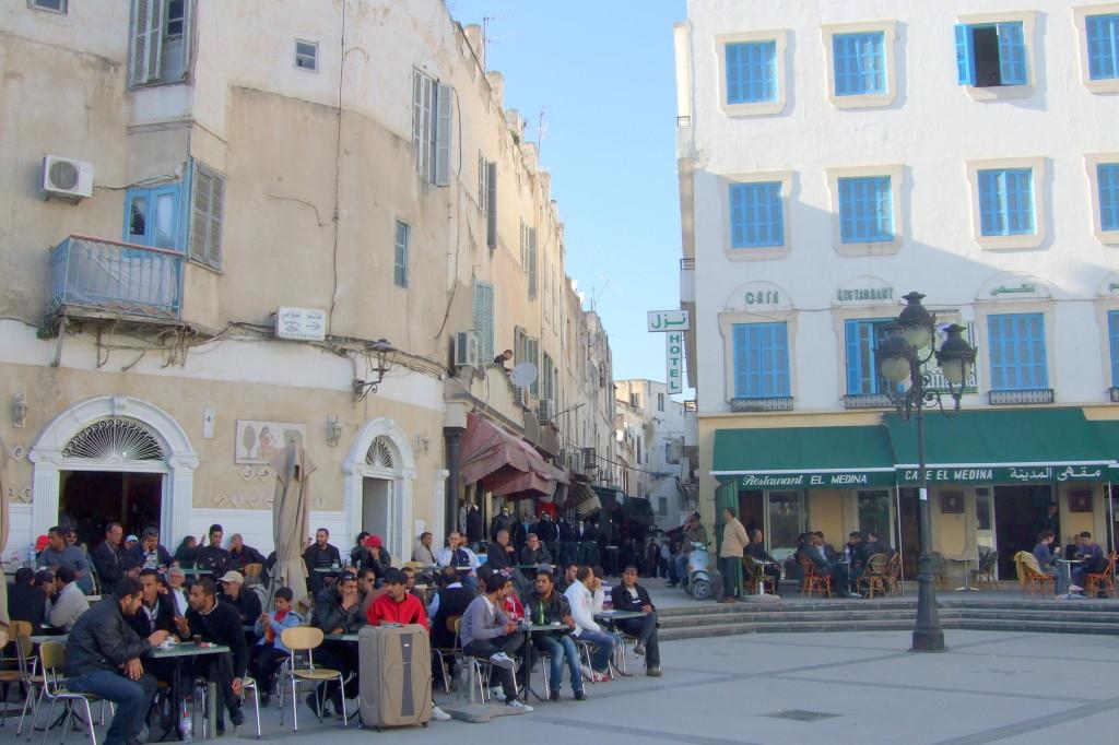 Unser Lieblingscafe auf dem Victoria-Platz am Eingang zur Medina