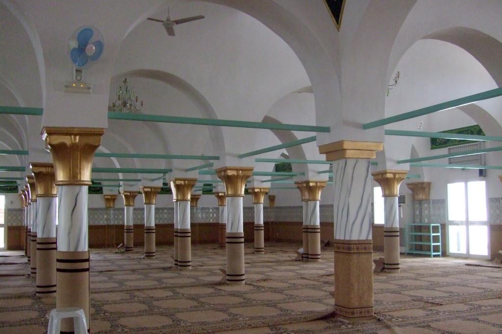 Diese Moschee wurde gerade renoviert, deshalb durften wir sie besuchen. Meist ist uns als Nicht-Muslime der Zugang verwehrt