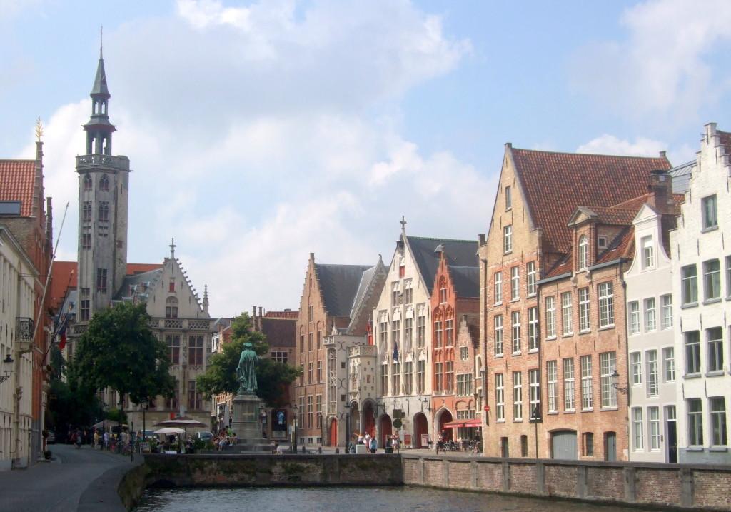 Jan-van-Eyck Platz
