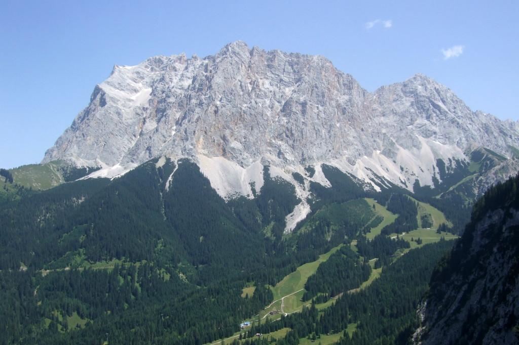 Zugspitze und Ehrwalder Alm-Bahn