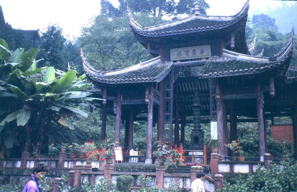 Einer der Tempel am heiligen Berg Emei