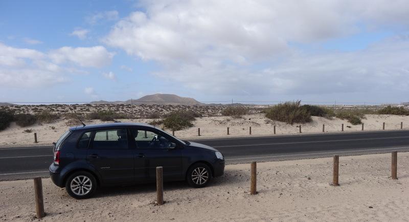 Wie in der Sahara. Unser Auto in den Dünen
