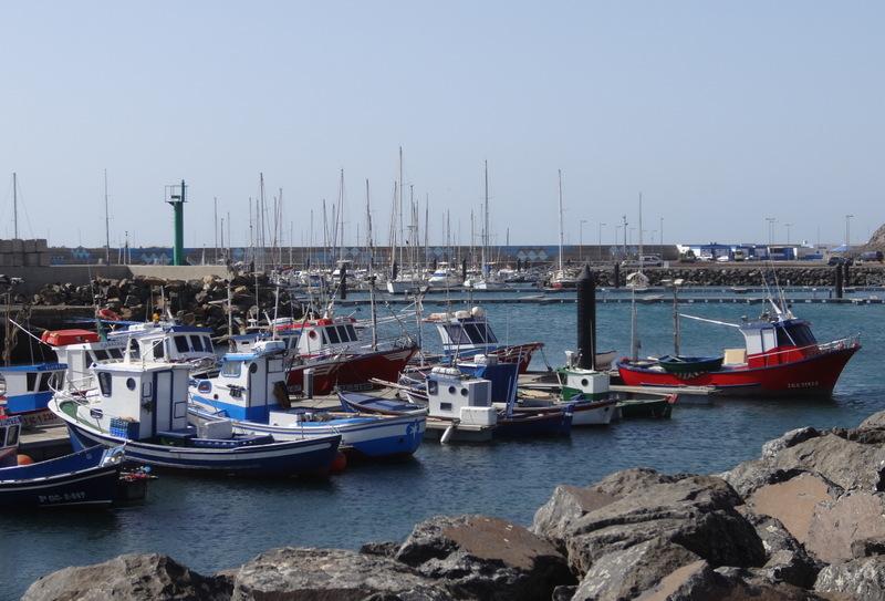 Die Fischerboote sind wieder im Hafen