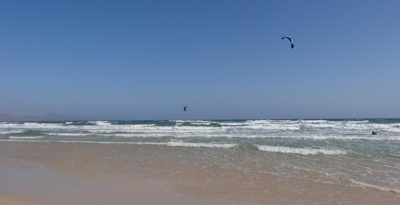 Die Kitesurfer finden hier beste Bedingungen
