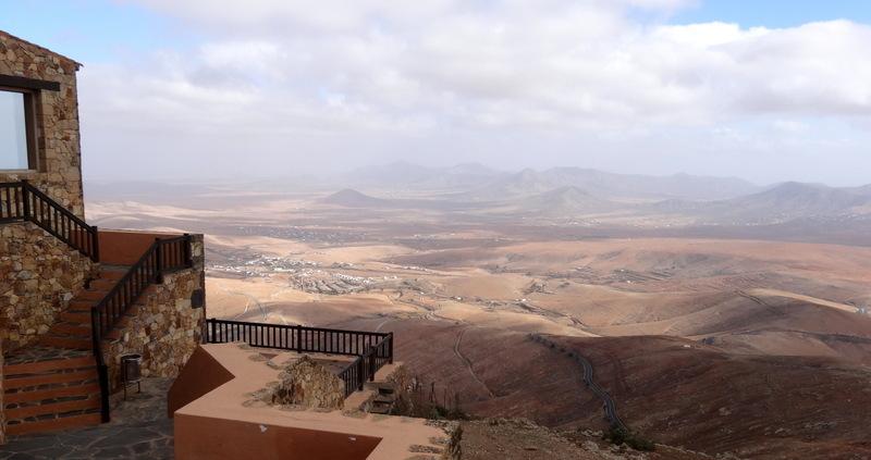 ist ein beeindruckender Aussichtspunkt mit Cafe in 640 m Höhe