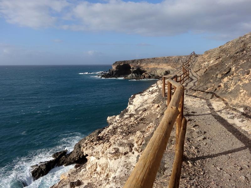 Gut ausgebauter Küstensteig