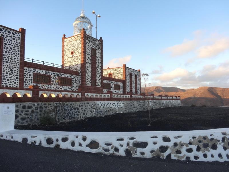 Auf dem höchsten Punkt des Kaps steht ein imposanter Leuchtturm. Ein großartiger Aussichtspunkt, aber sehr windig