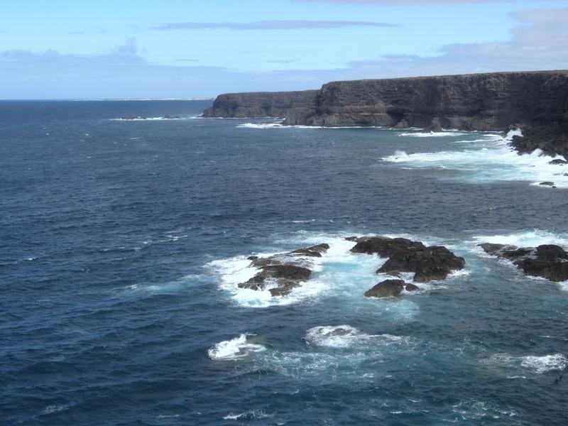 Tosendes Meer, Steilküste und viel Wind