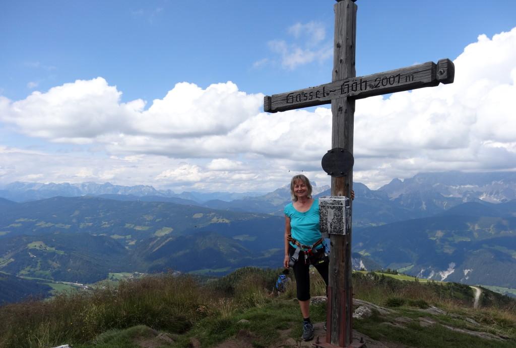 Panoramablick von der Gassel-Höhe. Links die Berchtesgadener Berge
