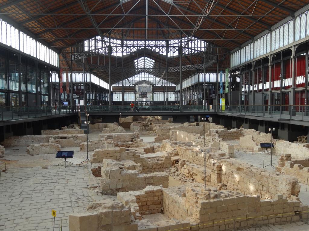Zentrales Thema sind die Ausgrabungen des alten Barcelona von 1714