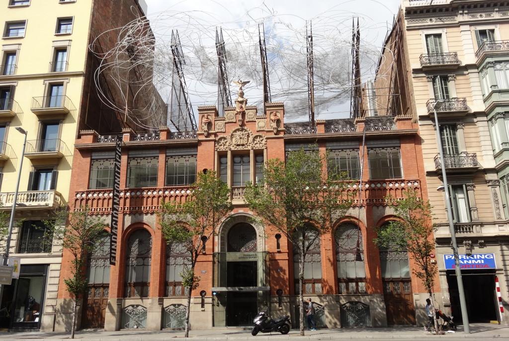 Fundació Antono Tàpies, 1885