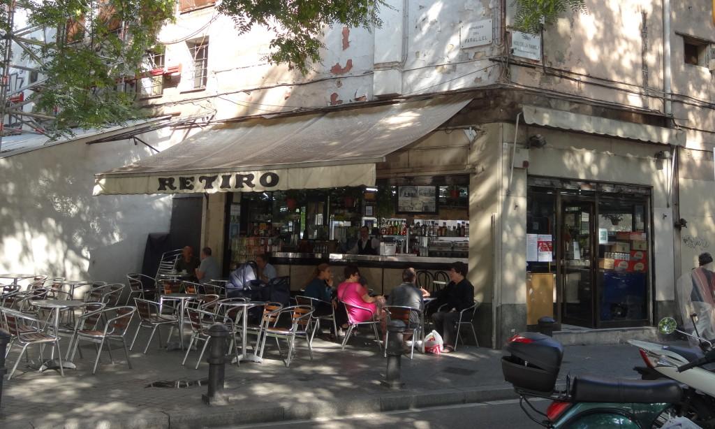 Einfaches Straßencafé in El Raval