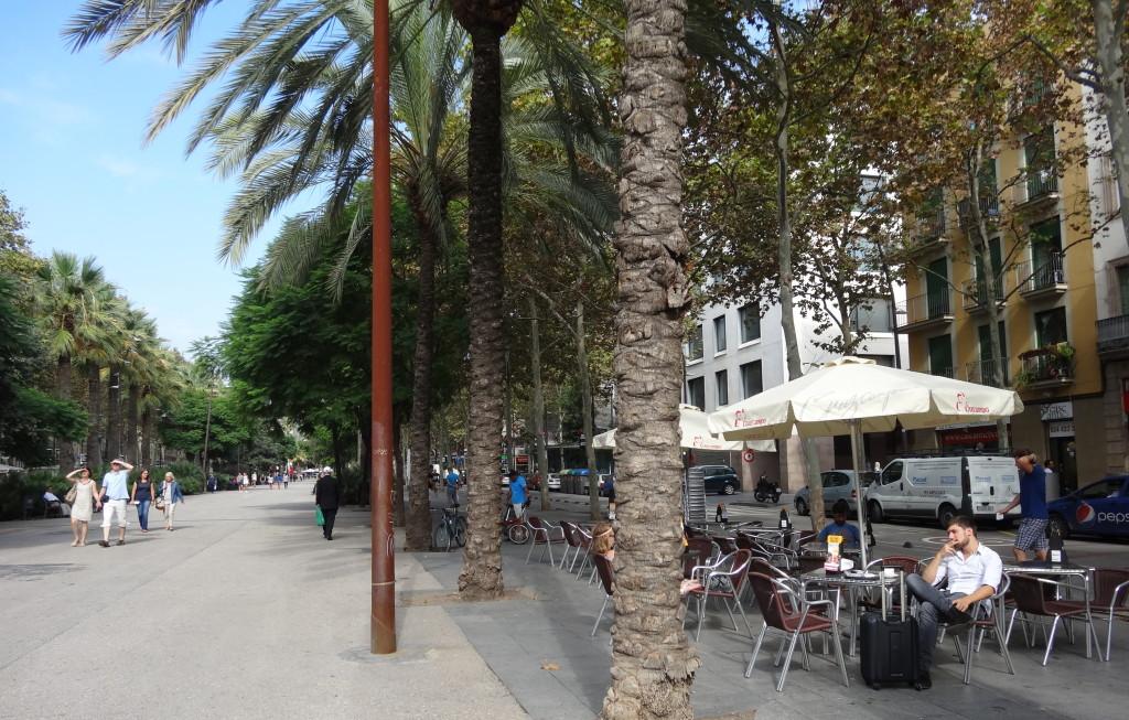 Rambla del Raval, mit dem lautesten Vogelgezwitscher der Stadt