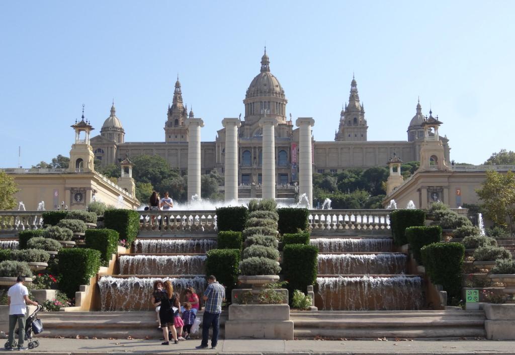 Der Palau Nacional beherbergt das Nationalmuseum für Katalanische Kunst
