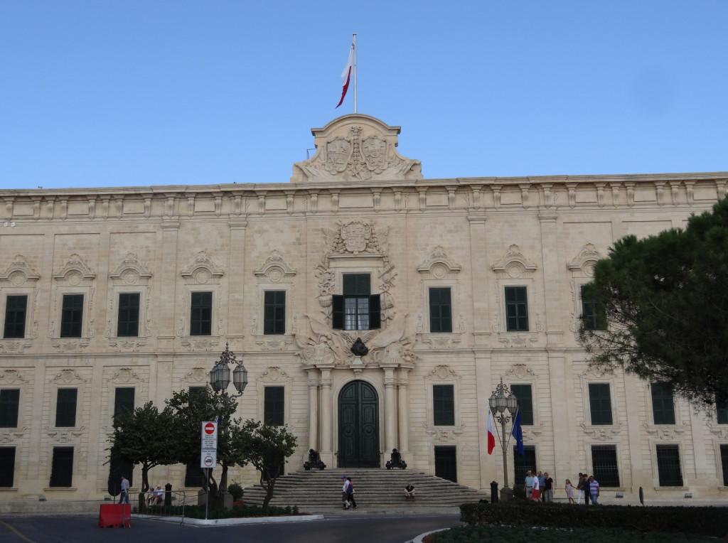 Valletta, Auberge