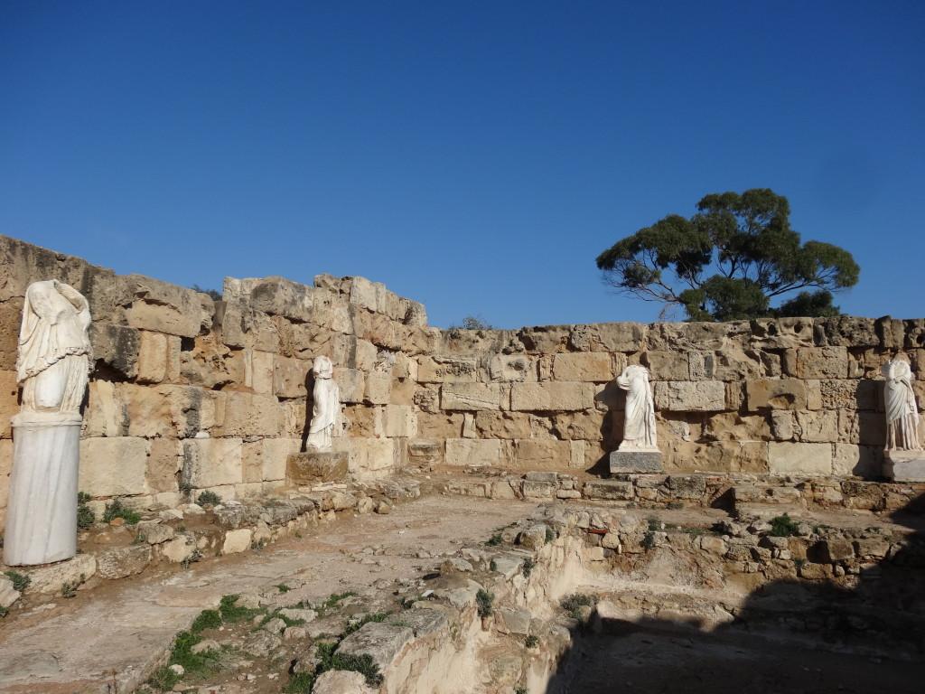 Salamis, Römisches Bad