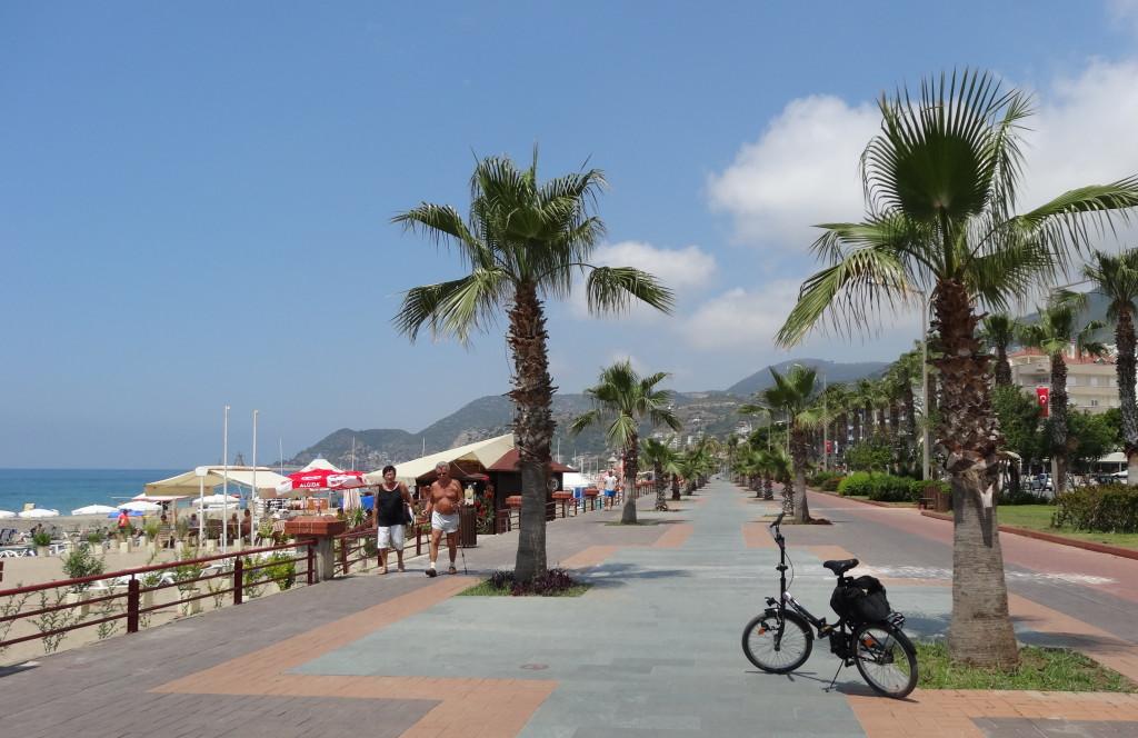 Kleopatra Strandpromenade