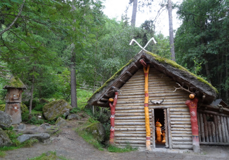 Schamanen-Hütte