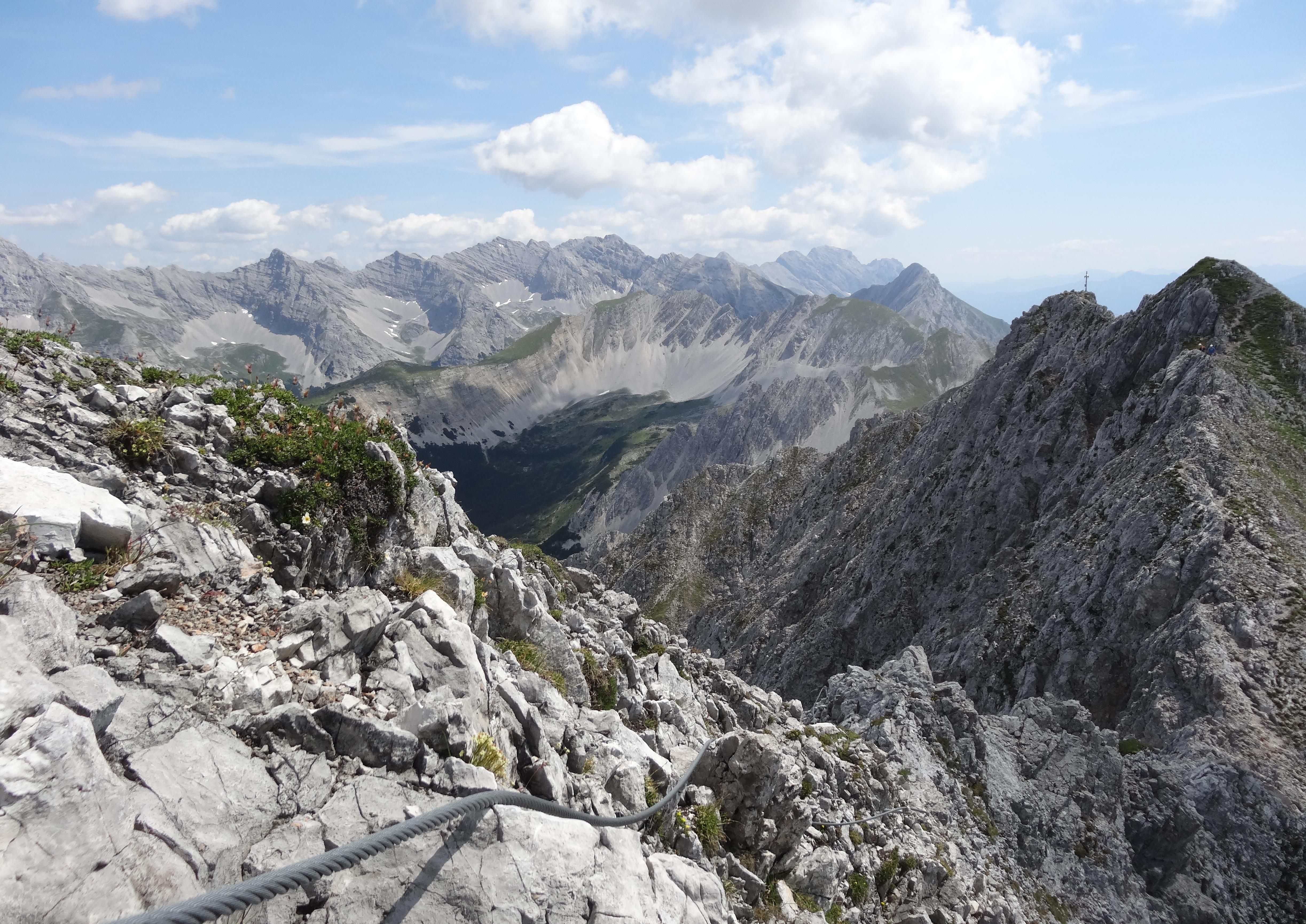 Klettersteig Nordkette : Innsbrucker klettersteig grat klettern über 7 gipfel chen lisa