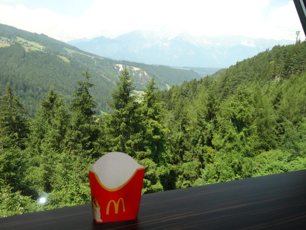 McDonalds, Europabrücke am Brenner