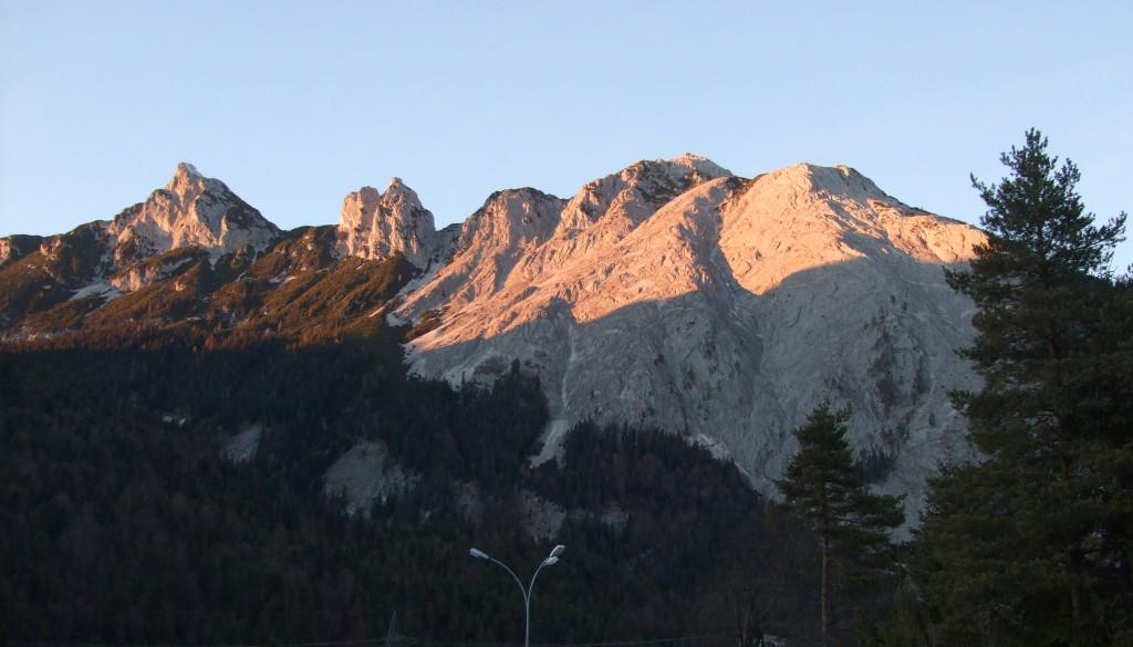 Ahrnspitze und Ahrnplattenspitze von Gießenbach