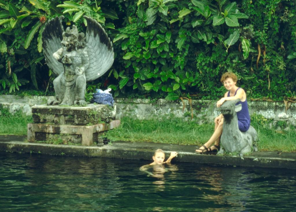 Bali02-2001-014