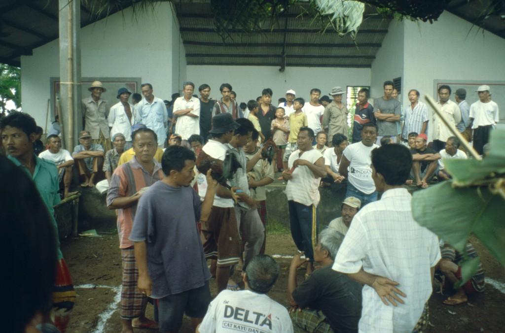 Bali02-2001-019