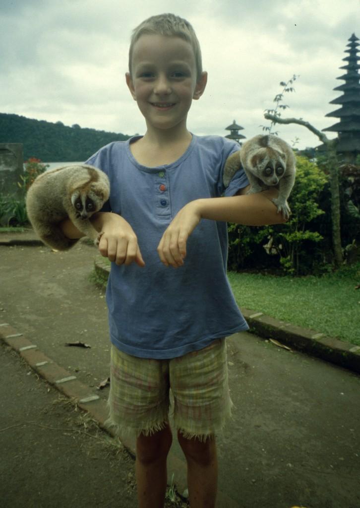 Bali02-2001-060