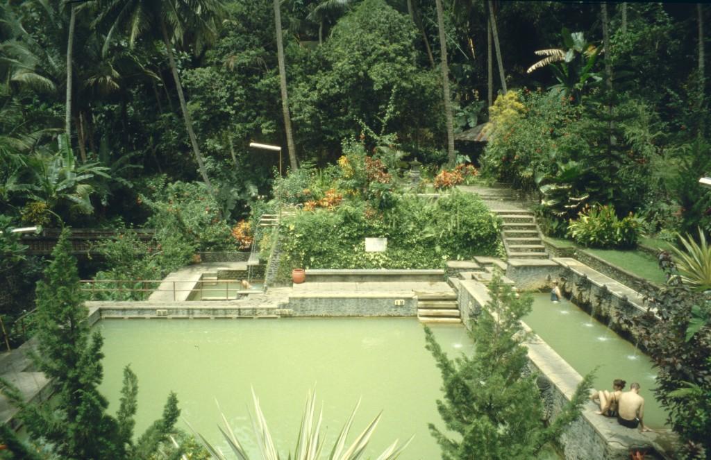 Bali02-2001-088
